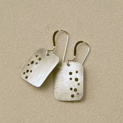 Small_pebble_earrings_a