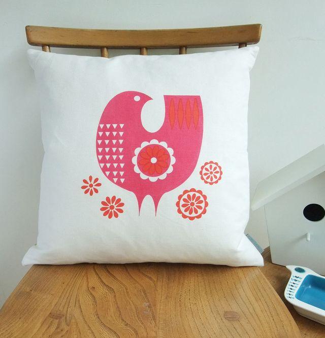Pinkdaisybird_cushion_chair